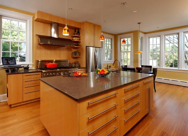 Tủ Bếp Có Bàn Đảo Cổ Điển Gỗ Căm Xe -025